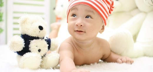 gave til nyfødt legetøj i dåbsgave