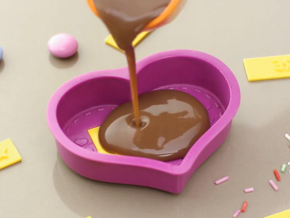 chokoladebar makers mandelgave til børn 2018